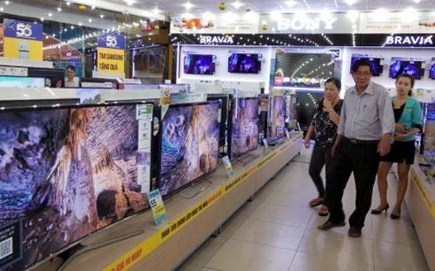 Điện máy mùa Tết: Tivi 4K đại hạ giá ảnh 1