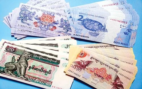 Nở rộ đổi tiền lẻ, tiền mới ảnh 1