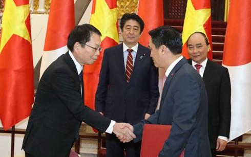 Ký 2 hiệp định vay vốn 21 tỷ Yên ứng phó biến đổi khí hậu ảnh 1