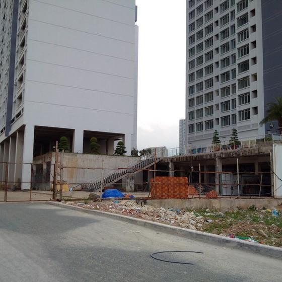 Cao ốc, chung cư... nhan nhản xây không phép ảnh 1