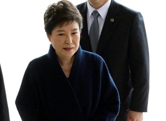 Cựu Tổng thống Park Geun-hye bị thẩm vấn ảnh 1