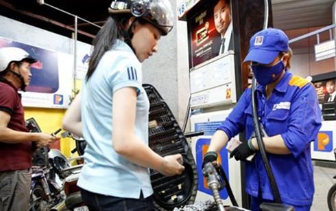 Tăng thuế môi trường xăng dầu là không khoan sức dân ảnh 1