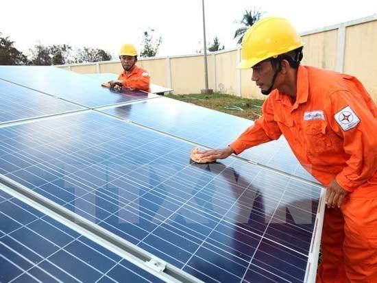 Khuyến khích phát triển các dự án điện mặt trời ảnh 1