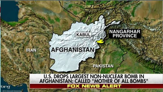 """Mỹ ném """"mẹ của các loại bom"""" xuống sào huyệt của IS ở Afghanistan ảnh 1"""