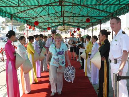 Nha Trang – Cần cảng du lịch để cất cánh ảnh 2