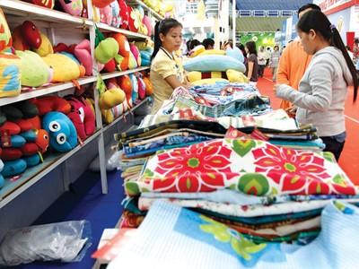 230 DN tham gia Hội chợ HVNCLC tại TPHCM ảnh 1