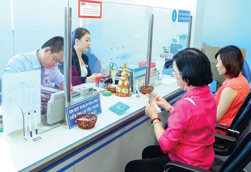 Chi lương nhanh cùng Eximbank ảnh 1
