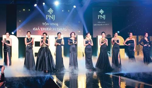 PNJ - 25 năm đồng hành cùng vẻ đẹp phụ nữ Việt ảnh 3