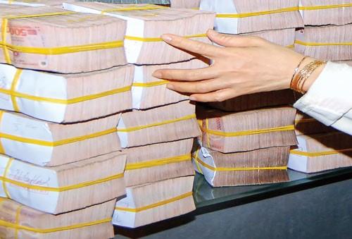 Xóa sổ cổ đông lớn thao túng ngân hàng? ảnh 1