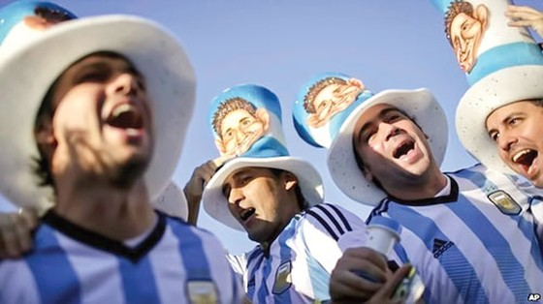 Argentina đổ nợ vì bóng đá? ảnh 1