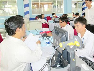 Hà Nội kiến nghị cho DN nộp dần tiền nợ thuế ảnh 1