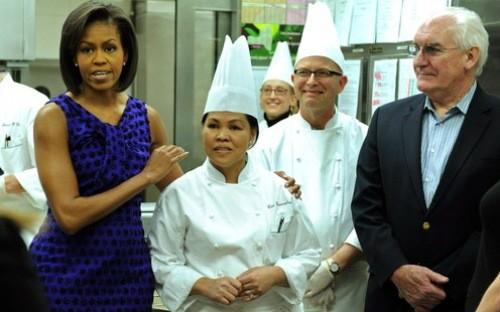 Vì sao người Philippines thống trị bếp ăn toàn cầu? ảnh 1