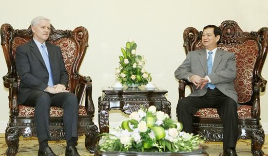 Việt Nam cơ bản xử lý xong các ngân hàng yếu kém ảnh 1