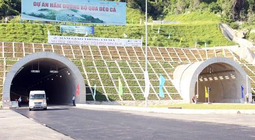 Thông xe hầm Cổ Mã qua đèo Cả ảnh 1