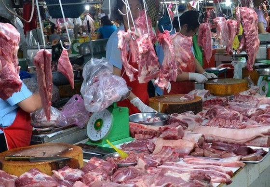 Thịt 'độc' ra chợ ảnh 1