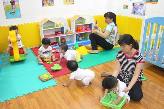 Giữ trẻ 6-18 tháng tuổi: Cần tiếp sức ảnh 1