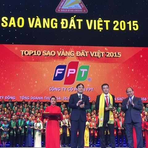 FPT top 10 Sao Vàng Đất Việt lần thứ 4 liên tiếp ảnh 1