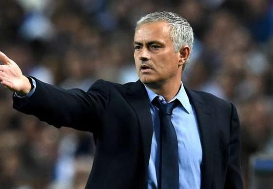 """Mourinho """"ra điều kiện"""" từ chức ở Chelsea ảnh 1"""