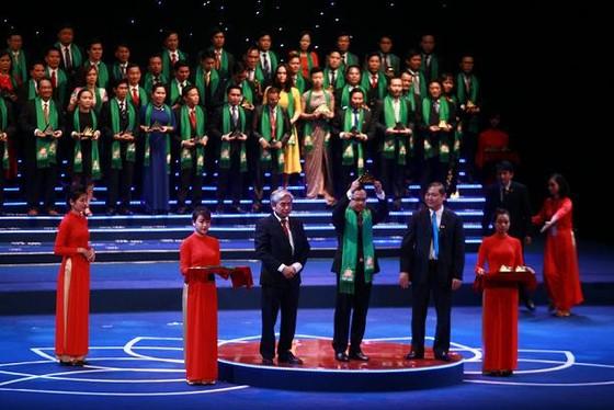HDBank nhận giải thưởng Sao Vàng Đất Việt 2015 ảnh 1