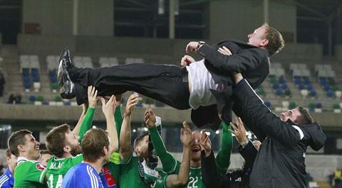 Bồ Đào Nha, Bắc Ireland giành vé dự EURO2016 ảnh 2