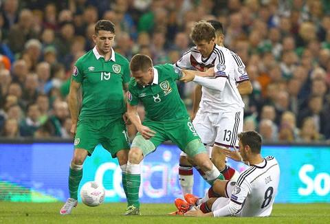 Bồ Đào Nha, Bắc Ireland giành vé dự EURO2016 ảnh 3