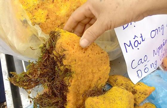 800.000 đồng/kg mật ong hóa đá ảnh 1