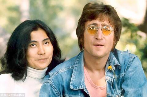 Yoko Ono lên tiếng tin đồn John Lennon 'lưỡng tính' ảnh 1