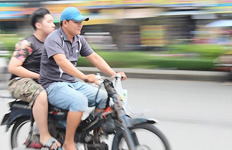 """TPHCM dẹp xe máy """"mù"""" ảnh 3"""