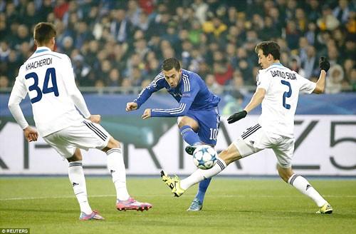 Hòa Dynamo Kiev, Mourinho chê trọng tài yếu đuối ảnh 1