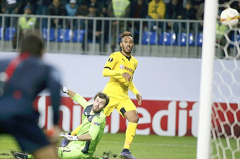 Gabala 1-3 Dortmund: Siêu nhân Aubameyang ảnh 1