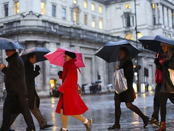 Kinh tế Anh tăng 0,5% trong quý III ảnh 1