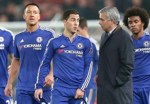 Hazard sút hỏng phạt đền, Chelsea bị loại ảnh 1