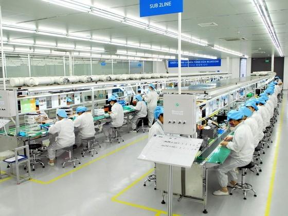Tăng trưởng GDP Việt Nam mạnh nhất 5 năm ảnh 1