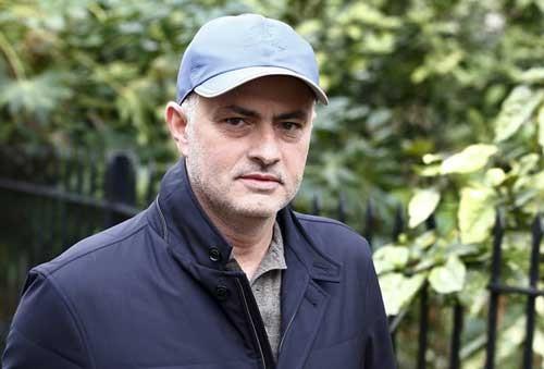 Mourinho đến M.U ngay trong tuần ảnh 1