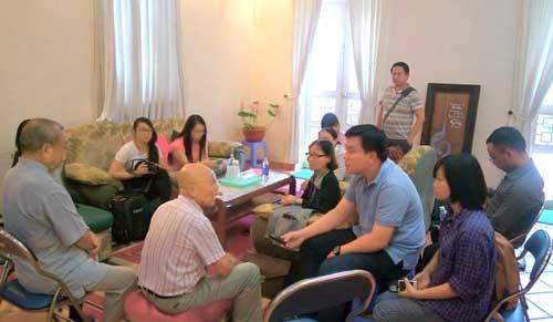 Bàn giao nhà giáo sư Trần Văn Khê ảnh 2