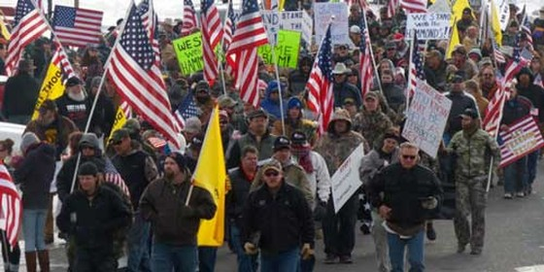 Hoa Kỳ: Biểu tình chiếm tòa nhà chính quyền ảnh 1