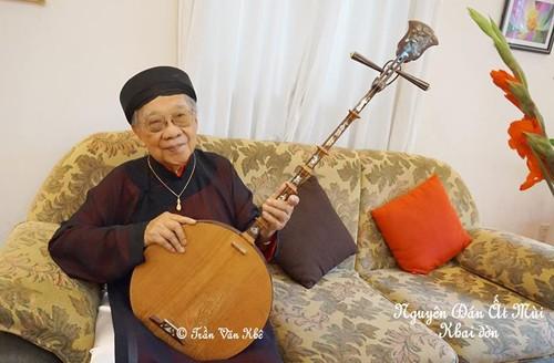 Con trai GS Trần Văn Khê bỏ ý định thực hiện di nguyện của cha ảnh 1