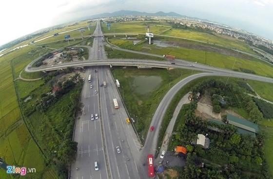 Bán cao tốc để xây cao tốc ảnh 1