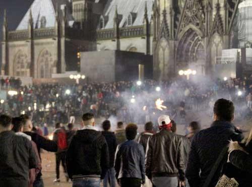 'Đêm giao thừa nhục nhã' của nước Đức ảnh 1
