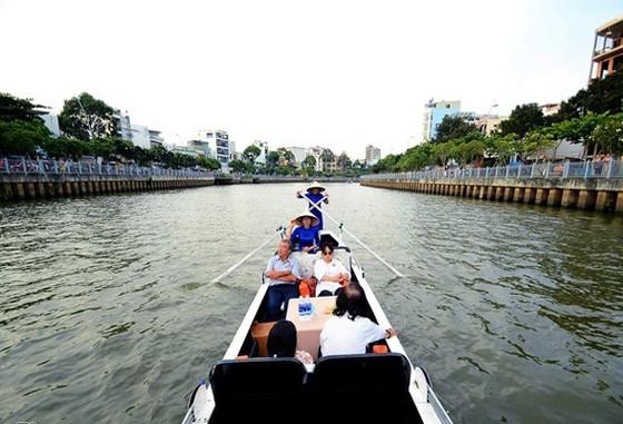 Long đong tour kênh Nhiêu Lộc-Thị Nghè ảnh 1