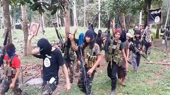 """Khủng bố Philippines lập """"nước chư hầu"""" IS ảnh 1"""