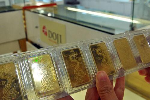 Giá vàng trồi sụt quanh 33 triệu đồng ảnh 1
