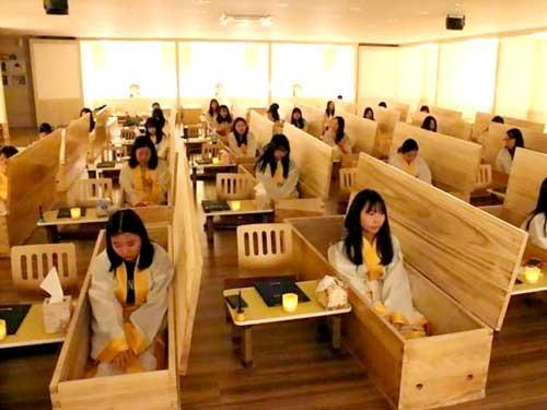 Trải nghiệm chết thử ở Hàn Quốc ảnh 1
