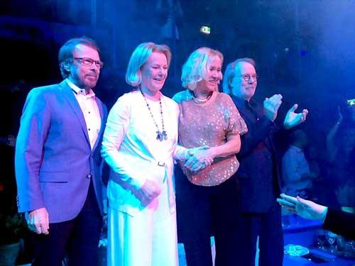 ABBA hội ngộ sau hơn 30 năm tan rã ảnh 2