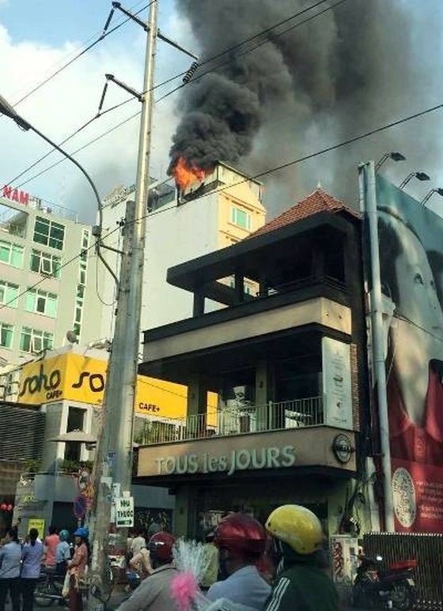 Cháy nổ ở nhiều địa phương ảnh 1