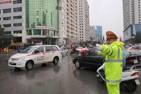 Hà Nội phân luồng giao thông dịp Tết ảnh 1