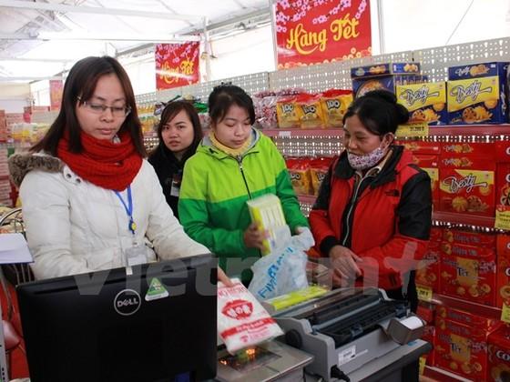 Hàng Việt lo thôn tính của đại gia bán lẻ ngoại ảnh 1