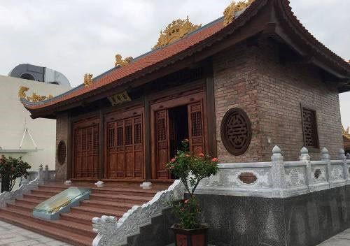 Những chung cư xây chùa trên tầng thượng ảnh 1