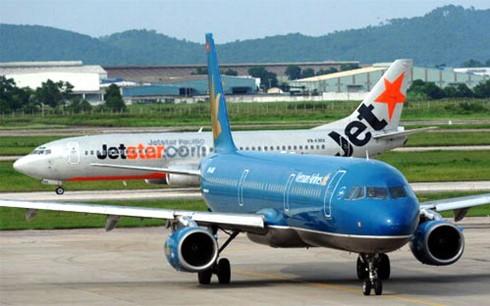 Các hãng hàng không đồng loạt giảm giá vé ảnh 1