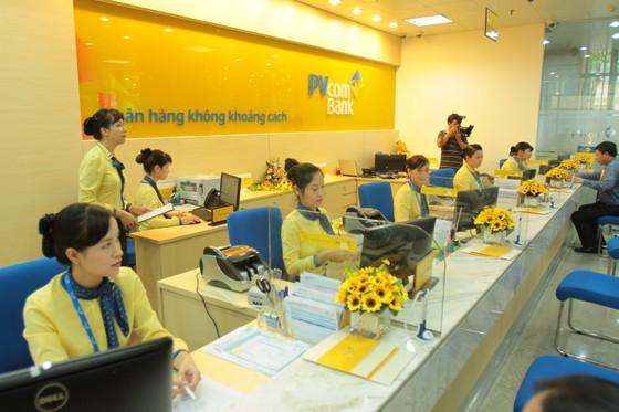 Khách hàng nữ được ưu đãi tại PVcomBank ảnh 1